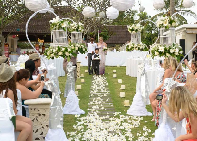 bruidsreportage bali bruidfotografie huwelijksreportage trouwenBianca 2013800 1048