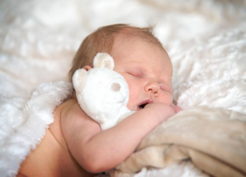 baby in Midden Beemster, newborn 006