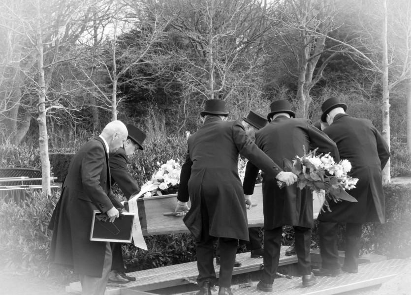 uitvaart reportage alkmaar begrafenis bedroefd afscheid