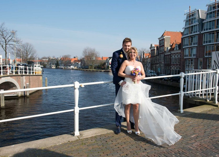 bruidsreportage|haarlem|bruidfotografie|huwelijksreportage|marktplein|hotel stempels 2014Femke en BartDSC 0570